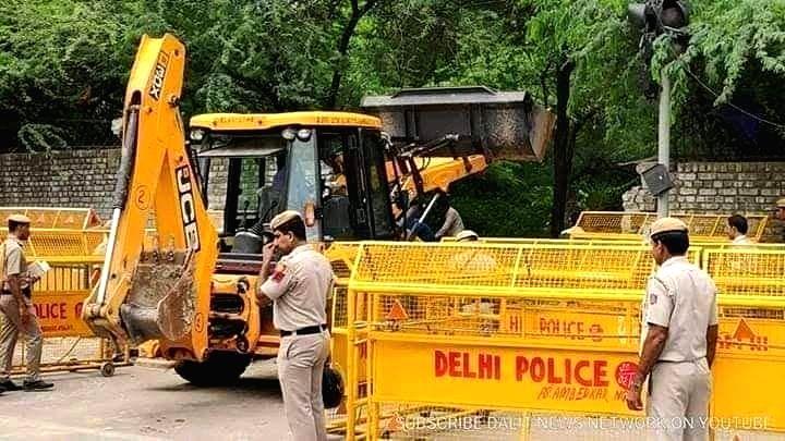 Guru Ravidas Temple in Delhi's Tughlakabad being demolished. (File Photo: IANS)