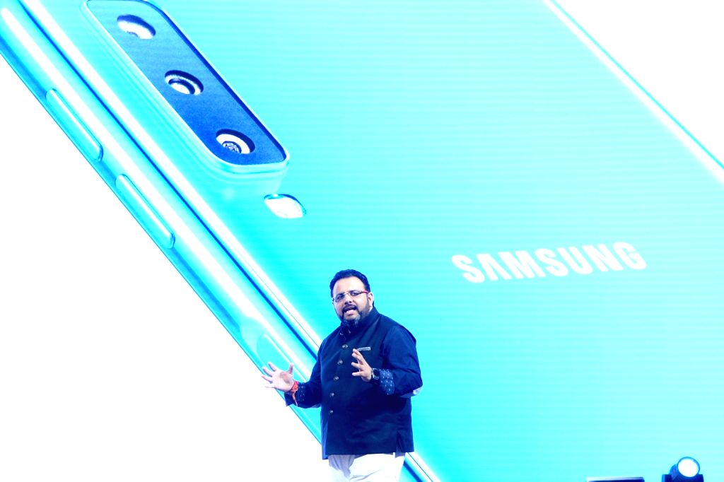 Gurugram, April 14 (IANS) Samsung India on Tuesday pledged Rs 20 crore to help the country fight the COVID-19 pandemic which has seen positive cases surge past 10,000, amid the lockdown extension till May 3.
