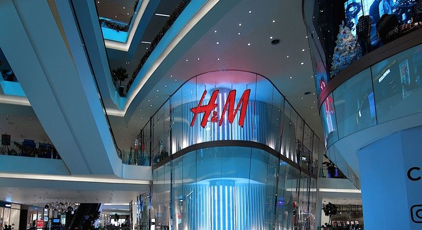 H&M tops Fashion Transparency Index 2020.