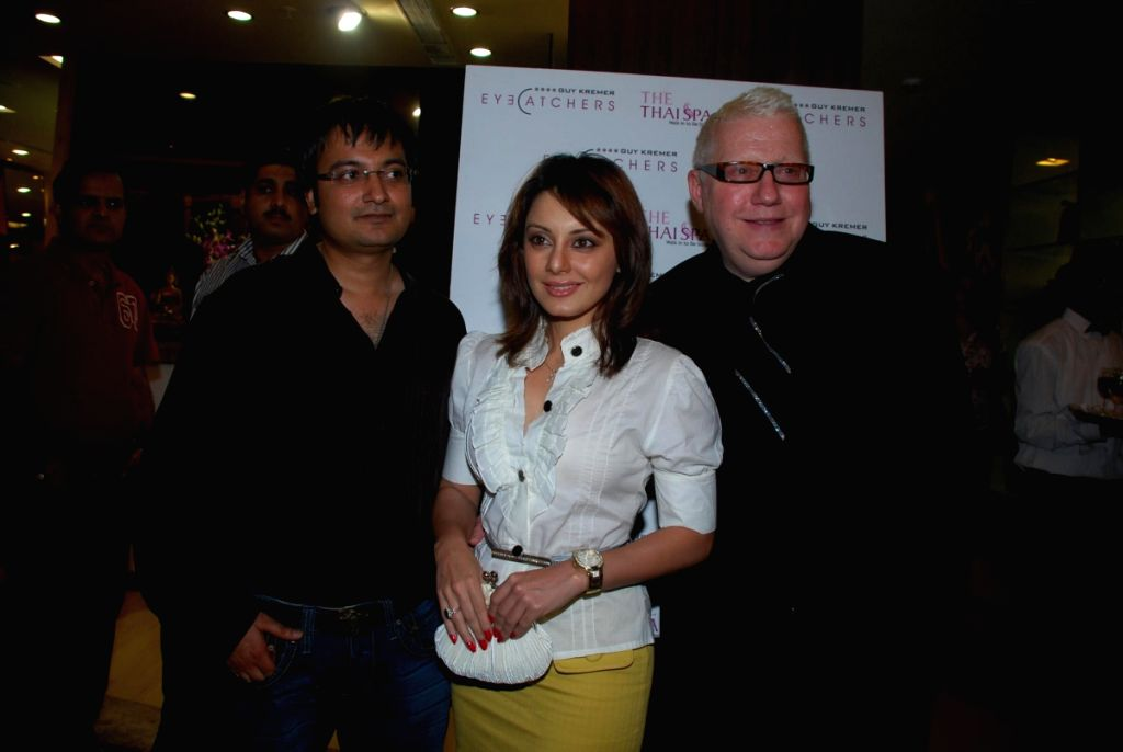 Hair stylist guy Kremer with Minissha Lamba at eye catchers.