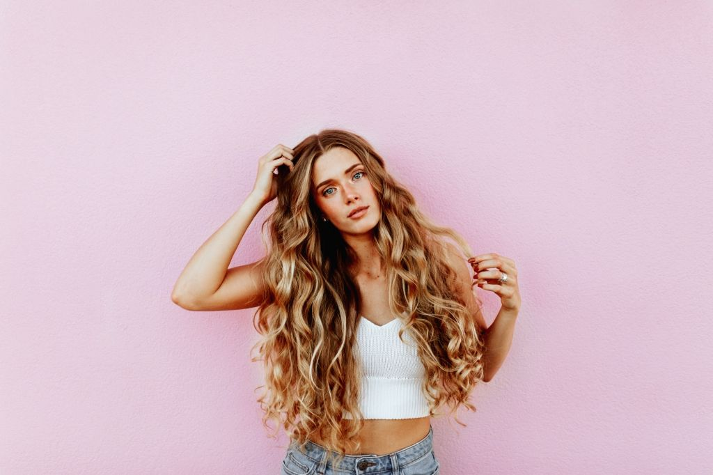 Hair tips to combat monsoon hair woes.