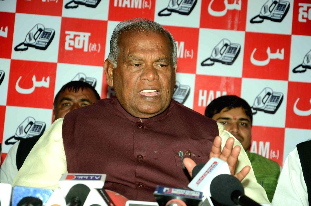 HAM leader Jitan Ram Manjhi addresses a press conference in Patna on Jan 18, 2016.