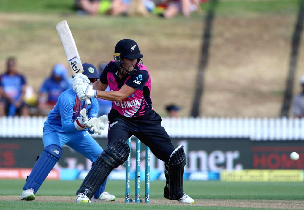 Hamilton (New Zealand): New Zealand's Sophie Devine in action during the third women's T20I match between India and New Zealand at Seddon Park in Hamilton, New Zealand on Feb 10, 2019. (Photo: Surjeet Yadav/IANS) - Surjeet Yadav