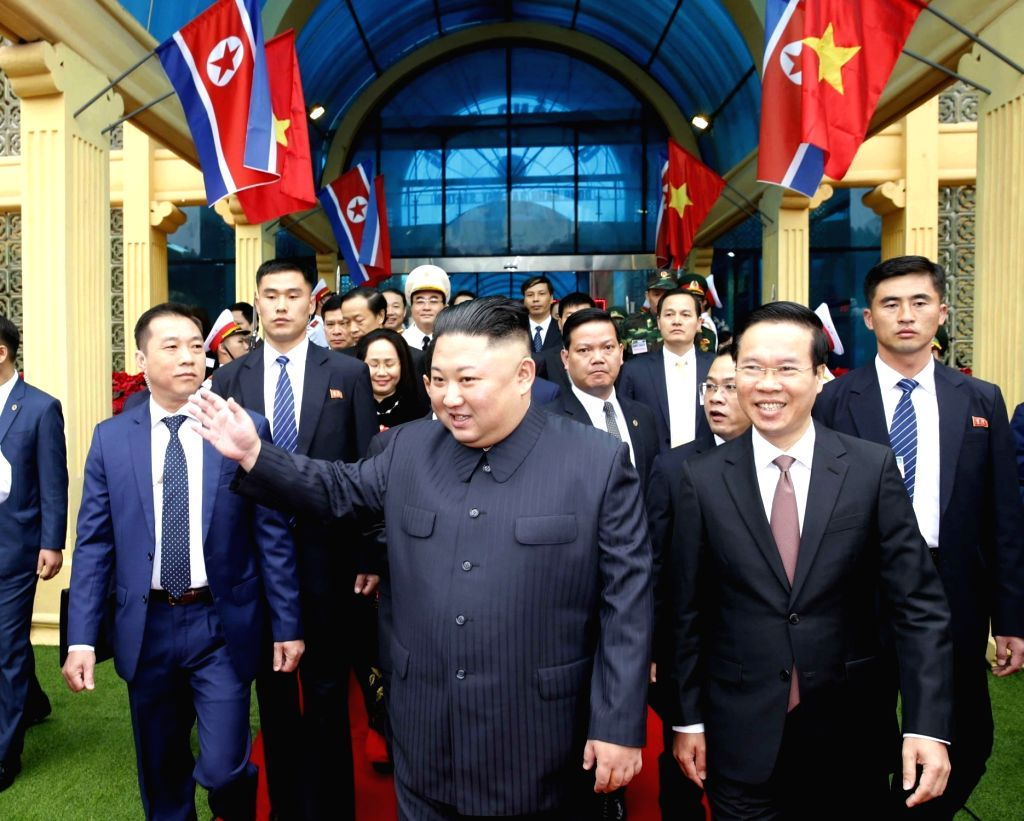HANOI, Feb. 26, 2019 (Xinhua) -- In this photo provided by Vietnam News Agency, top leader of the Democratic People's Republic of Korea (DPRK) Kim Jong Un (C) arrives at Dong Dang railway station in Lang Son Province, Vietnam, on Feb. 26, 2019. Kim a