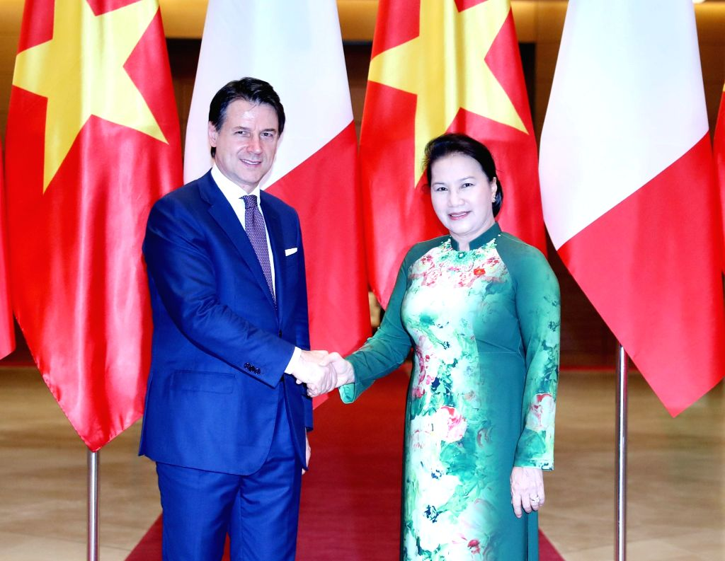 HANOI, June 5, 2019 - Vietnamese National Assembly Chairwoman Nguyen Thi Kim Ngan (R) shakes hands with visiting Italian Prime Minister Giuseppe Conte in Hanoi, capital of Vietnam, June 5, 2019. - Giuseppe Conte