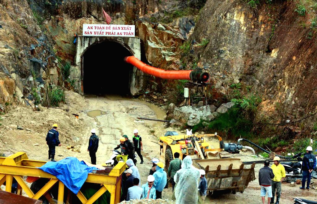 Photo taken on Dec. 16, 2014 shows the site of a tunnel collapse in Vietnam's Central Highlands province of Lam Dong. At least 11 people were trapped in a tunnel collapse in Lam Dong on ...