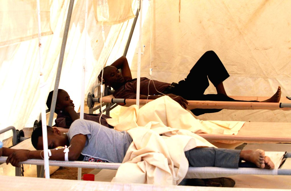 HARARE, Sept. 15, 2018 - Patients infected with cholera receive treatment in a polyclinic in Harare, Zimbabwe, on Sept. 14, 2018. A cholera outbreak that has so far claimed at least 25 lives in ...