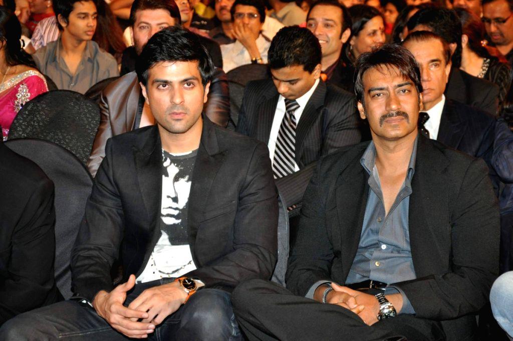 Harman Baweja and Ajay Devgan at Stardust Awards 2010 in Mumbai. - Ajay Devgan