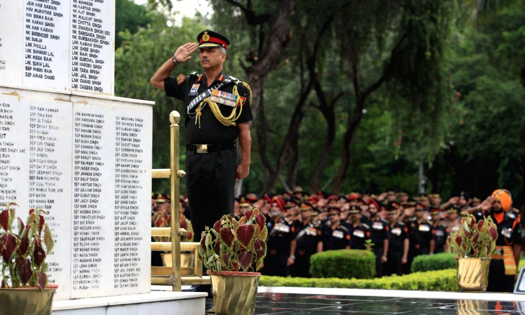 Haryana: Army Commander, Western Command, Lieutenant General RP Singh pays homage to the gallant heroes of Western Command at the Veer Smriti in Haryana's Chandi Mandir on Sep 15, 2019. (Photo: IANS/DPRO)