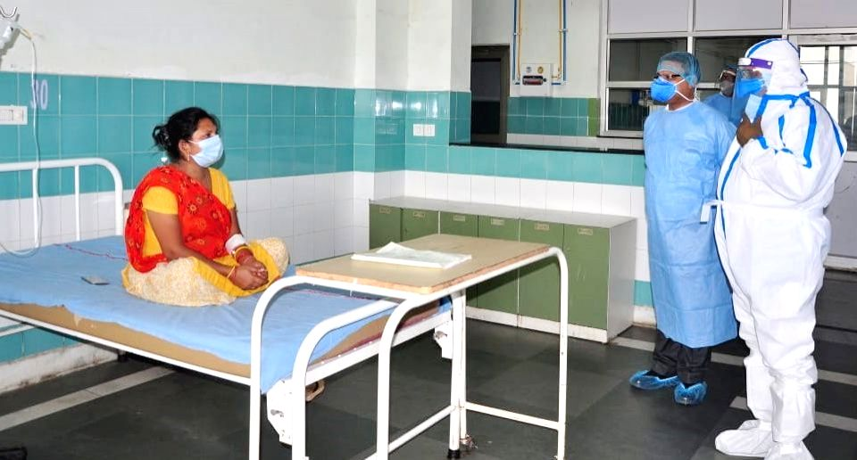 Haryana Chief Minister Manohar Lal Khattar enquires about the well being of COVID-19 patients admitted at Bhagat Phool Singh Government Medical College at Khanpur Kalan village in Sonipat ... - Manohar Lal Khattar