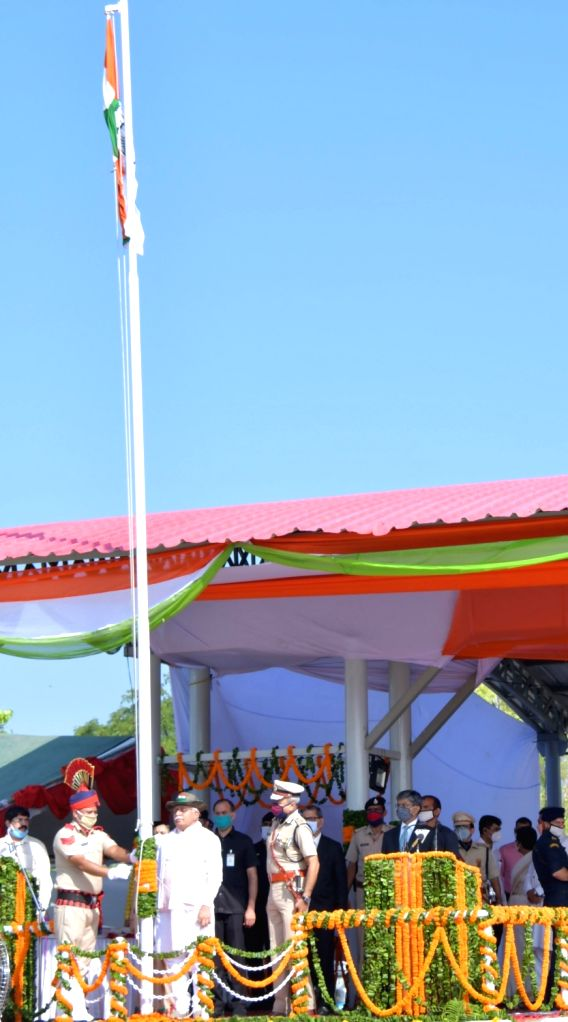 Haryana Chief Minister Manohar Lal Khattar unfurls the national flag during the 74th Independence Day celebrations at Panchkula on August 15, 2020. - Manohar Lal Khattar