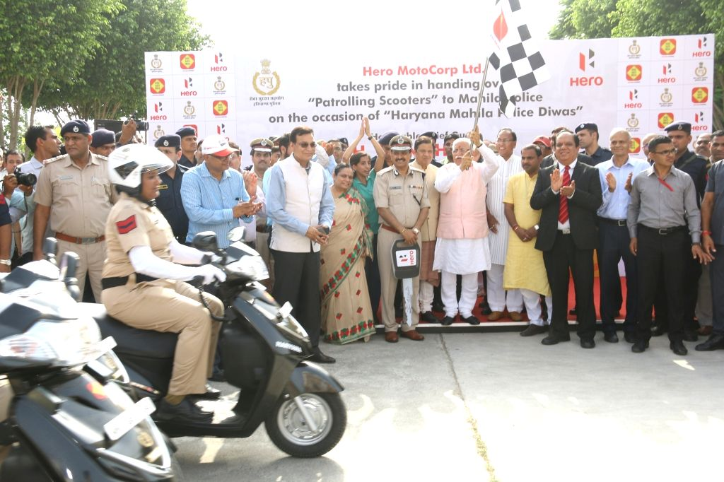 Haryana Chief Minister Manohar Lal Khattar flag off the 'Citizen Safety Bike Rally' organised on the occasion of '2nd Haryana Mahila Police Diwas' in Hisar, Haryana on Aug 5, 2017. Also ... - Manohar Lal Khattar