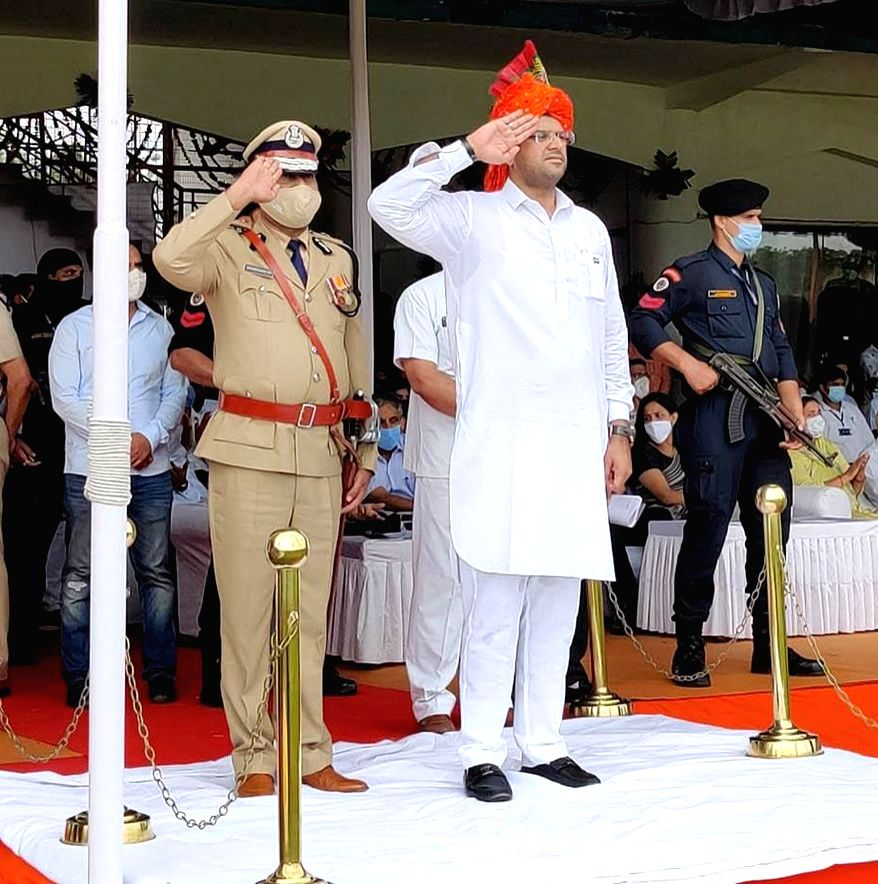 Haryana Deputy Chief Minister Dushyant Chautala taking salute from the march past by contingents of the Haryana Police during the 74th Independence Day parade, in Gurugram on Aug 15, 2020. - Dushyant Chautala