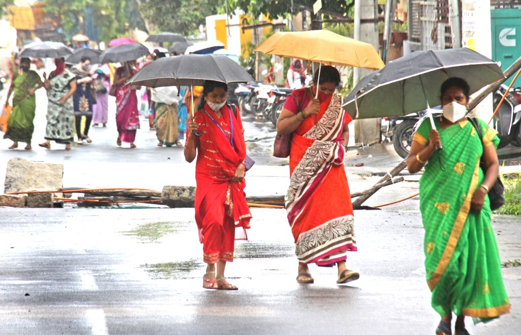 Heavy rain alert in Karnataka districts