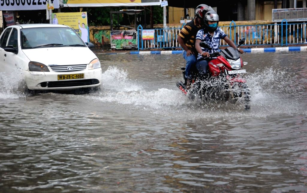 Heavy rain caused waterlogging at many places in Kolkata on 11 May, 2021.