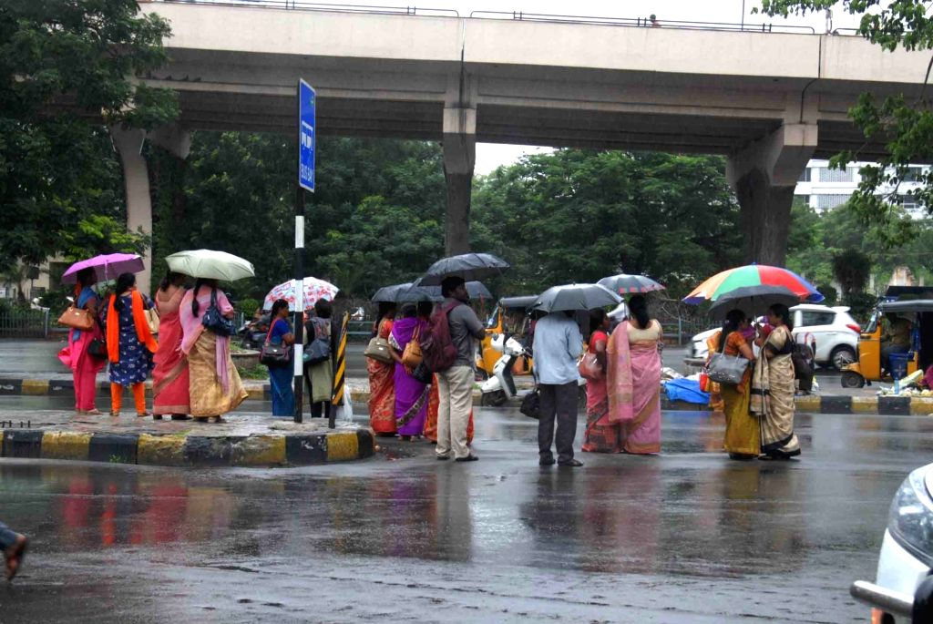 Heavy rains lash Hyderabad, inundate low-lying areas. (Photo: IANS)
