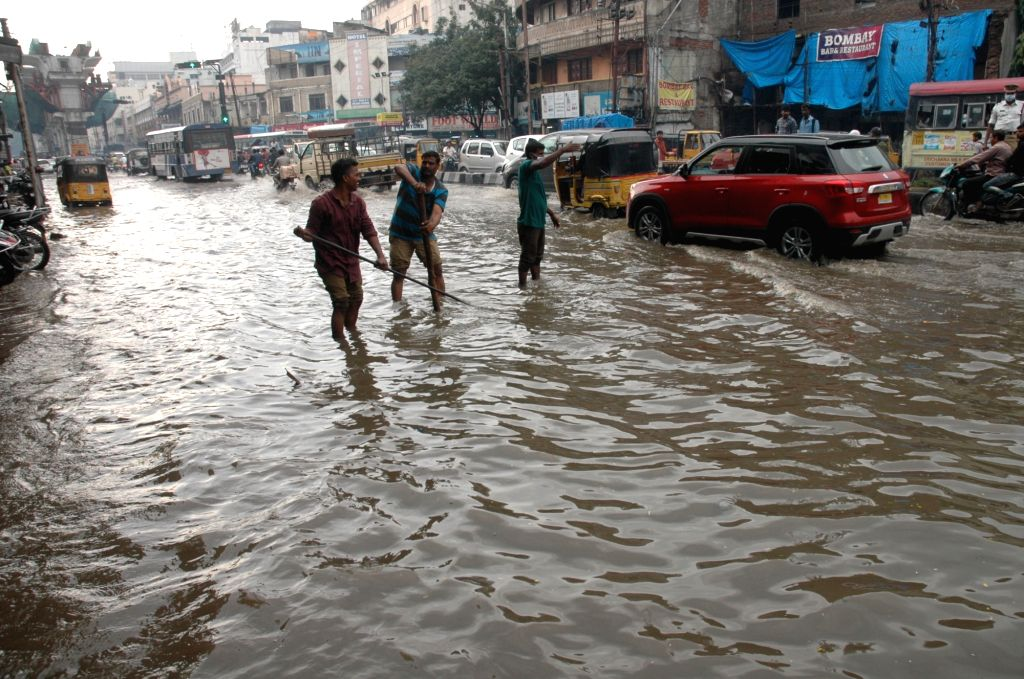Heavy rains lash Hyderabad on Sept 23, 2016. Three persons were killed as heavy rains lashed various parts of Telangana on Friday.