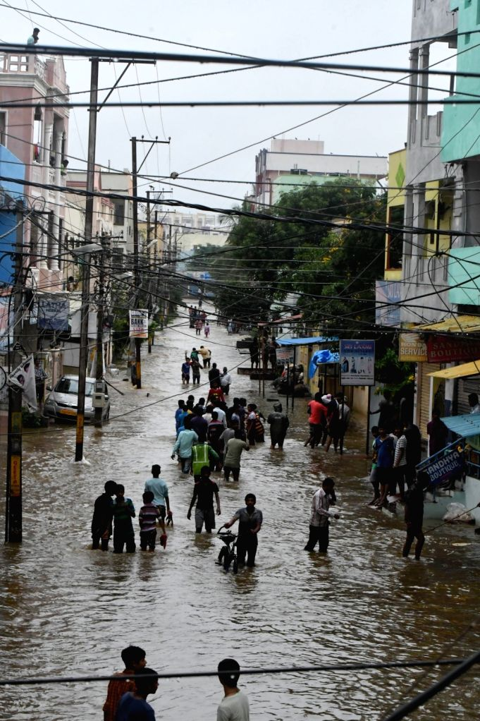 Heavy rains lash Hyderabad on Sept 23, 2016. Three persons were killed as heavyrains lashed various parts of Telangana on Friday.