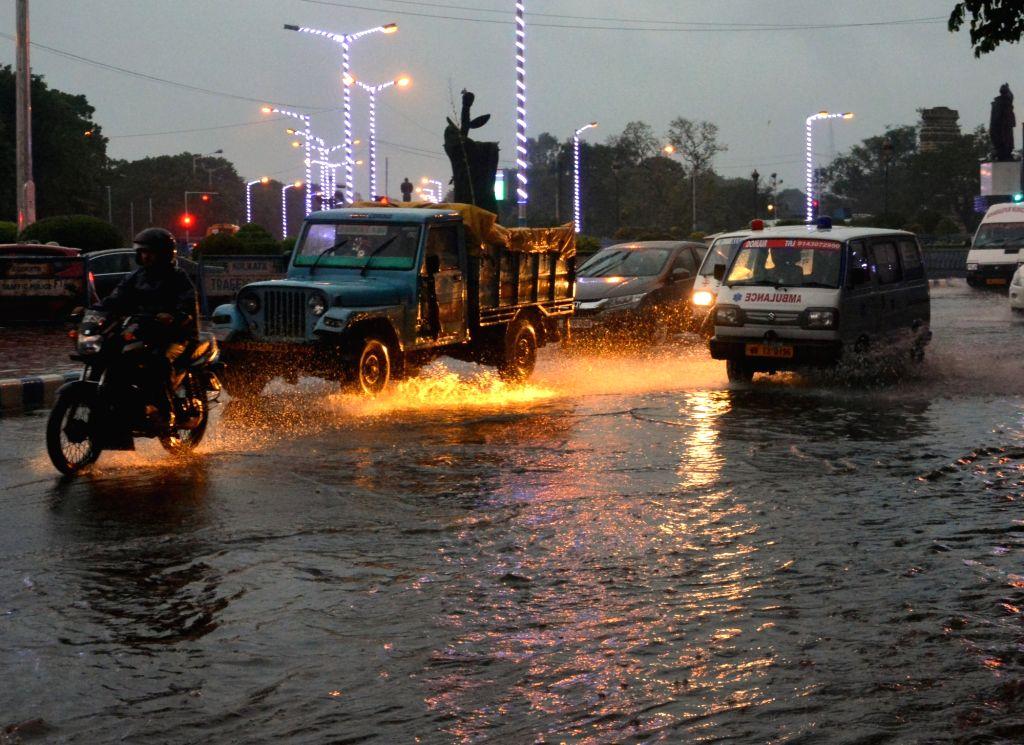 Heavy rains lash Kolkata on Oct 9, 2017.