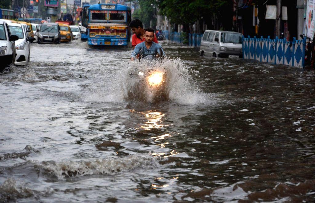 Heavy rains leave Kolkata roads water-logged on Aug 5, 2018.