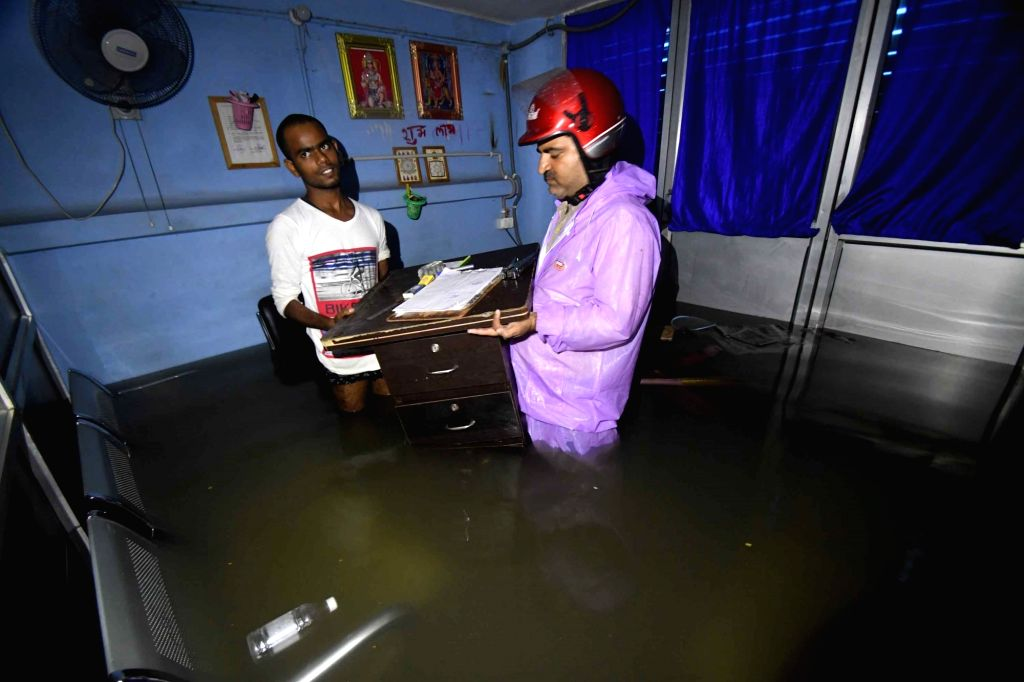 Heavy rains resulting in floods affected normal life in Patna, on Sep 28, 2019. Train services were temporarily suspended on the Samastipur-Darbhanga and Gaya-Koderma routes in Bihar due to ...