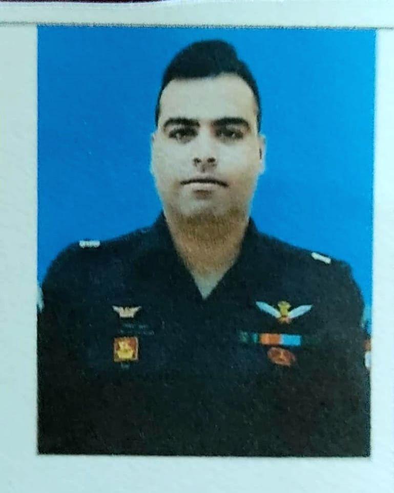 Helicopter crash Jammu is major Rohit Kumar and Anuj Rajout. - Rohit Kumar