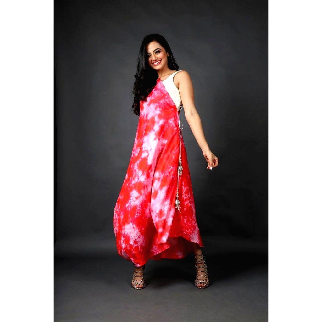 Helly Shah shows 'self love' through fashion. - Helly Shah