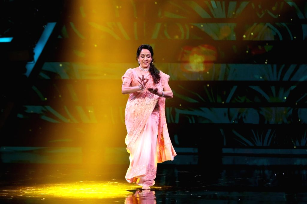 Hema Malini's performance leaves 'Super Dancer 4' judges awestruck
