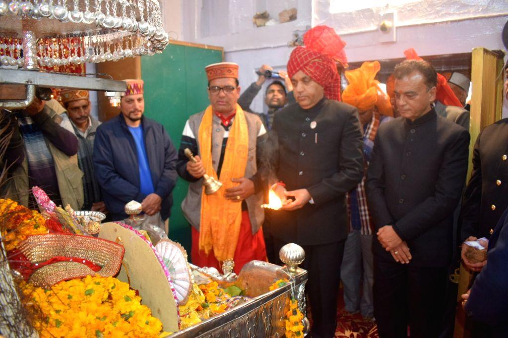 "Himachal Pradesh Chief Minister Jai Ram Thakur performs ""arti"" at Madho Rai temple in Mandi, Himachal Pradesh, on March 5, 2019. - Jai Ram Thakur and Madho Rai"
