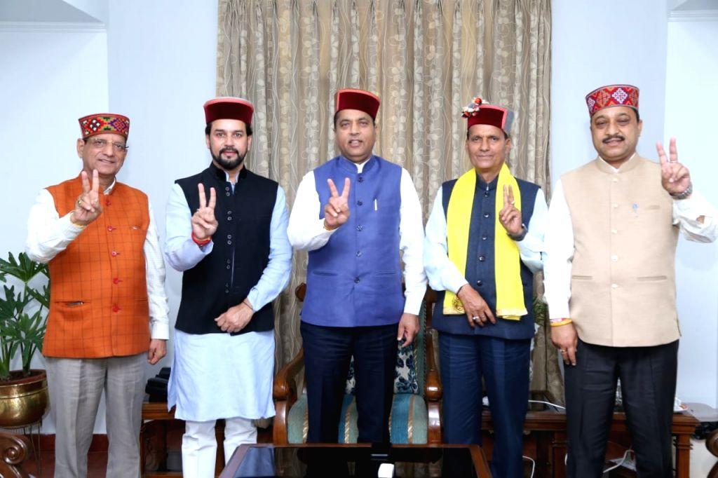 Himachal Pradesh Chief Minister Jai Ram Thakur meets the newly elected MPs from the state - Kishan Kapoor (Kangra), Anurag Thakur (Hamirpur), Ram Swaroop Sharma (Mandi) and Suresh Kashyap ... - Jai Ram Thakur, Kishan Kapoor, Swaroop Sharma and Suresh Kashyap