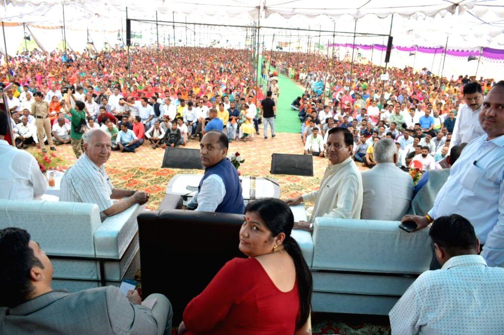 Himachal Pradesh Chief Minister Jai Ram Thakur during ???Labharthi Sammalen??? (Beneficiaries Conference) at Zorawar ground of Dharamshala in Kangra district, on Sep 9, 2019. - Jai Ram Thakur