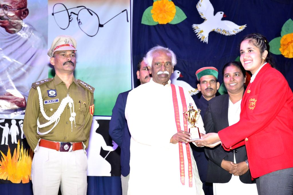 Himachal Pradesh Governor Bandaru Dattatraya at the annual day programme of convent of Jesus and Mary, Chelsea school in Shimla on Oct 26, 2019.