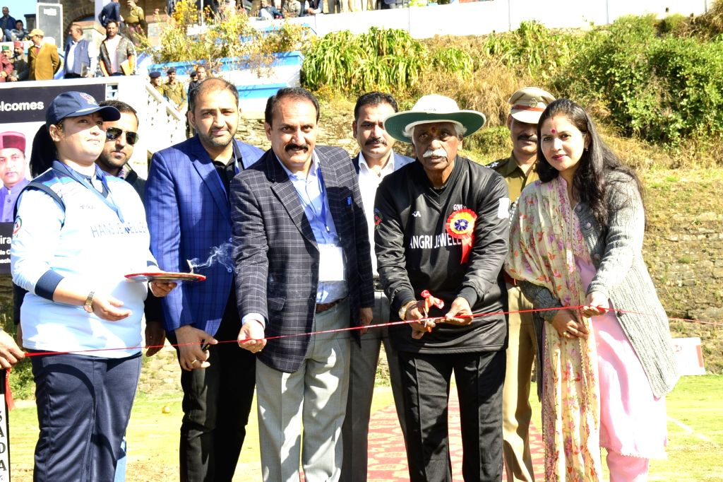 Himachal Pradesh Governor Bandaru Dattatreya opens a cricket match in Shimla on Nov 16, 2019.