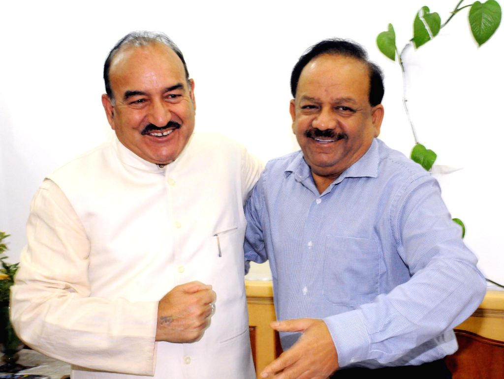 Himachal Pradesh Minister of Health, Revenue and Law Kaul Singh Thakur duing a meeting with Union Minister for Health and Family Welfare Harsh Vardhan in New Delhi on July 3, 2014. - Kaul Singh Thakur