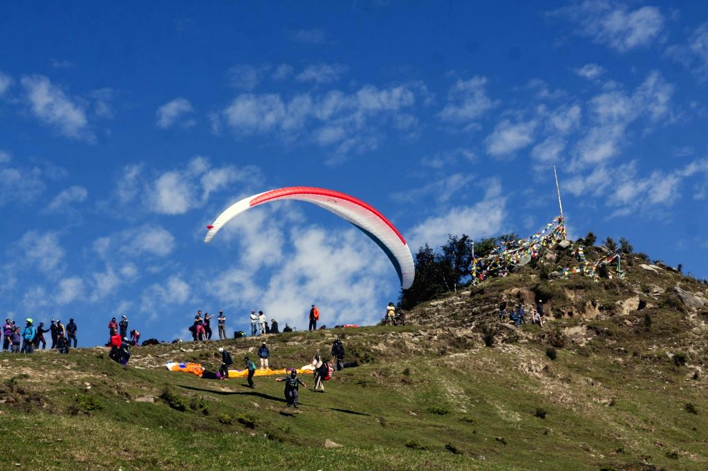 Himachal to have paragliding centre in Bir-Billing . (Photo: IANS)