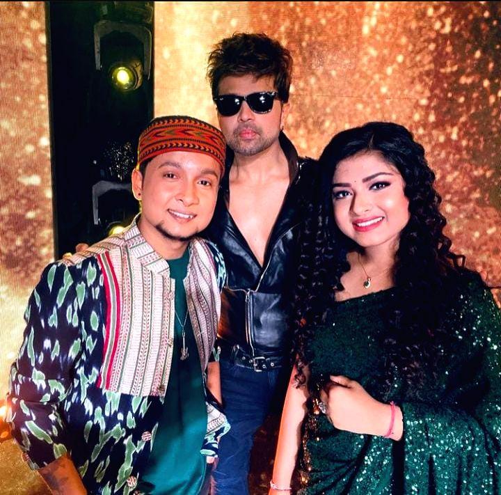 Himesh Reshammiya to announce new song on World Music Day.