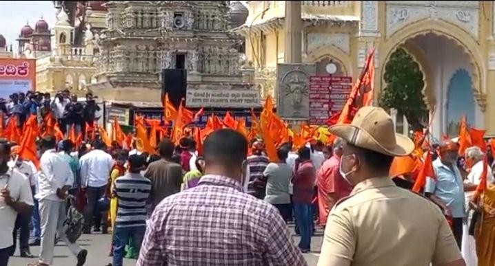 Hindu Jagaran Vedike gives deadline for K'taka CM to initiate action on temple demolition