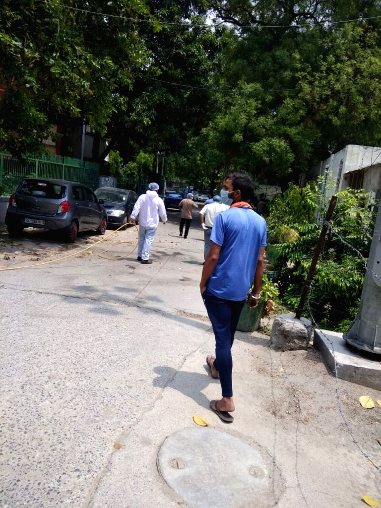 Hindu Rao hospital temporarily stops taking new patients. This is after a nurse was found positive, hospital authorities say until the trail is traced, no new patient will be taken in. - Rao