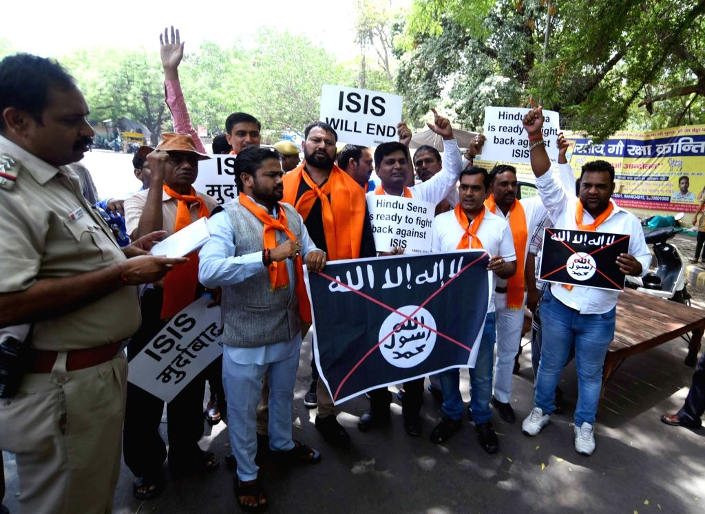 Hindu Sena activists stage a demonstration against ISIS in New Delhi, on May 23, 2016.