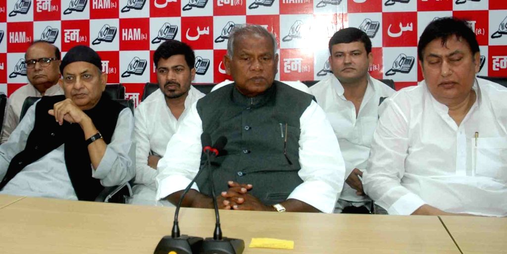 Hindustani Awam Morcha (HAM) supremo Jitan Ram Manjhi addresses a press conference in Patna on Nov 21, 2015.
