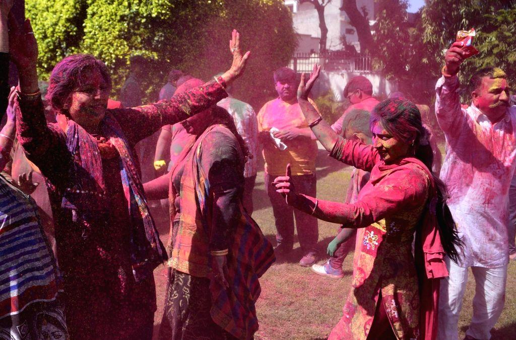 Holi celebrations banned in Delhi, violators to be punished