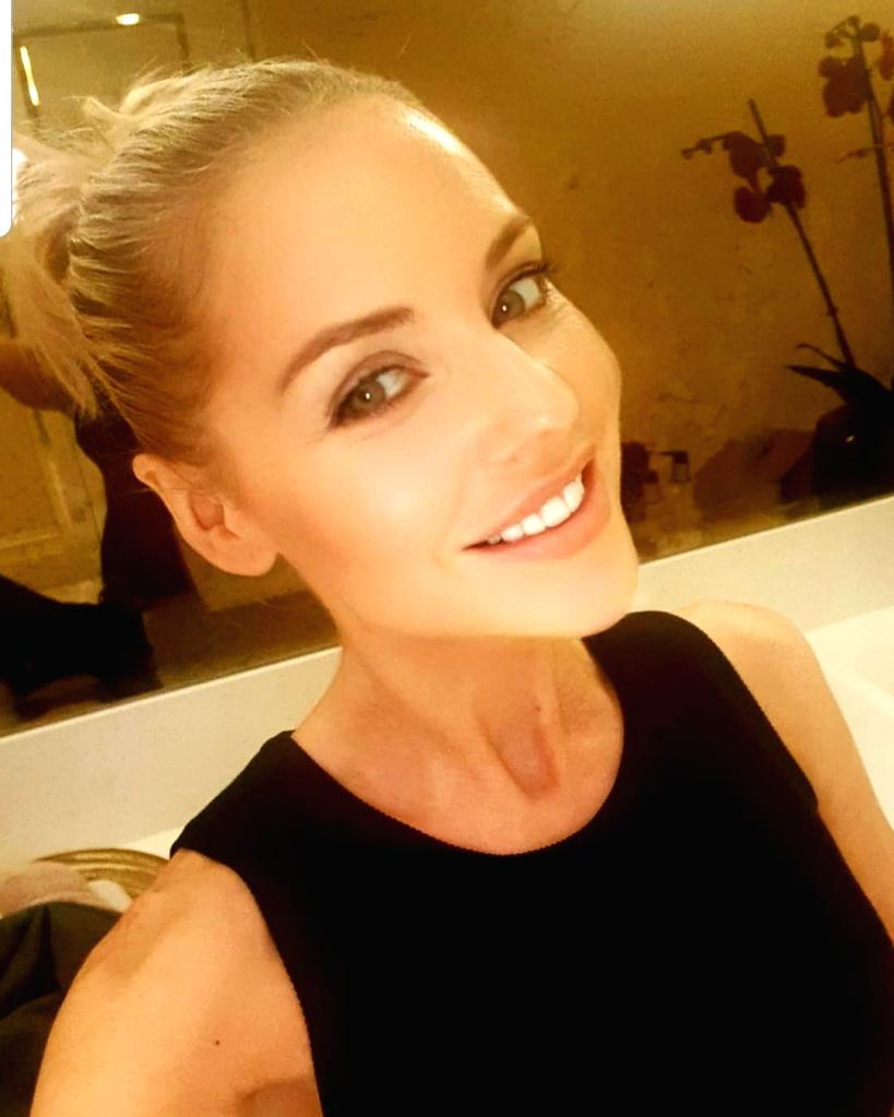 'Hollyoaks' star Stephanie Waring misses intimate scenes due to Covid curbs