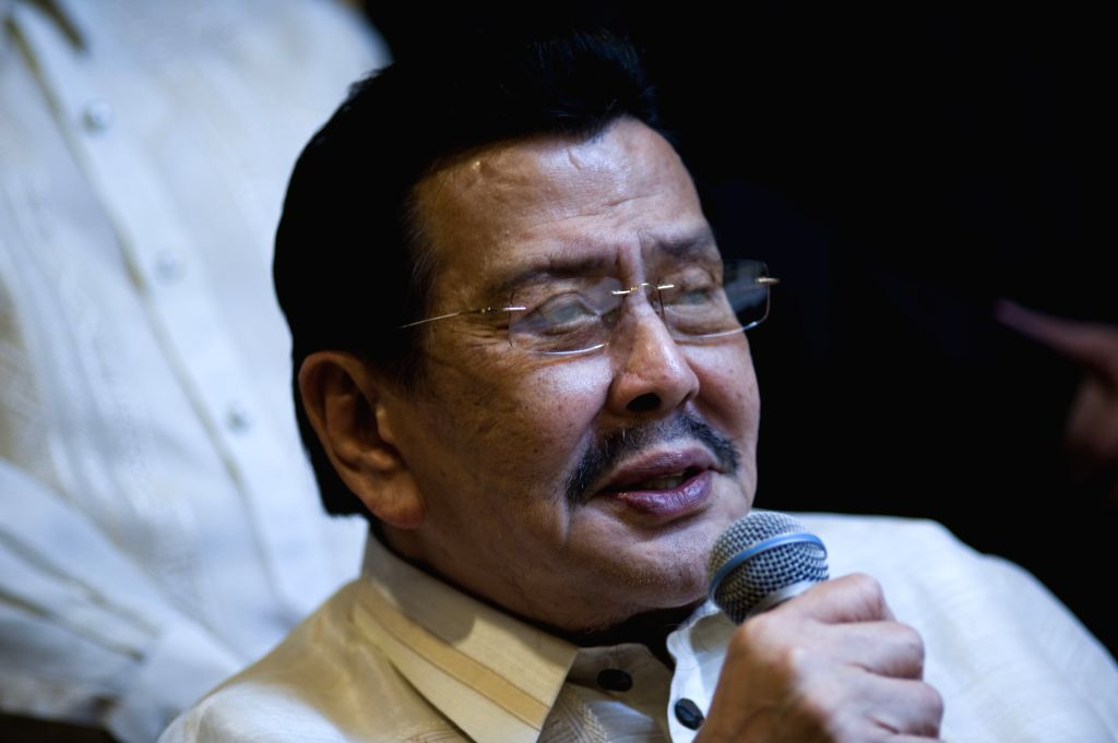 Mayor of Manila Joseph Estrada speaks at a press conference in Hong Kong, south China, April 23, 2014.  The Philippine government expressed its most sorrowful ...