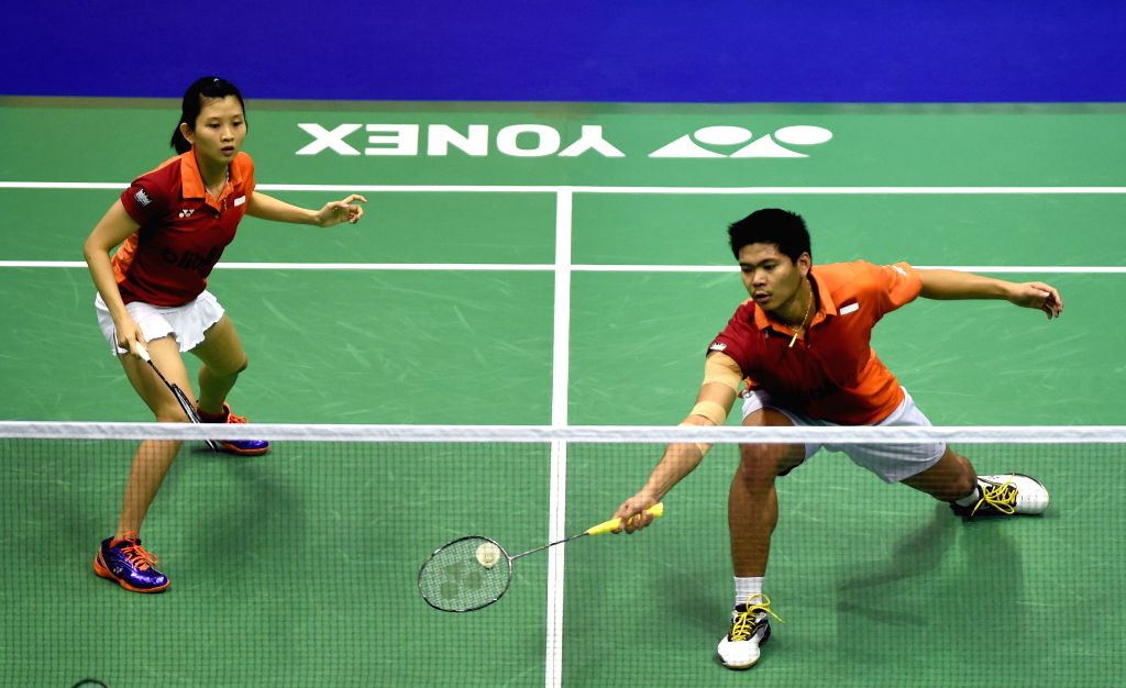 HONG KONG, Nov. 26, 2016 - Praveen Jordan (R) and Debby Susanto of Indonesia compete during the mixed doubles semifinal match against Choi Solgyu/Chae Yoo Jung of South Korea at the 2016 Hong Kong ...