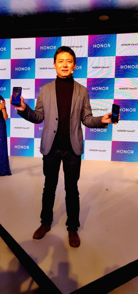 Honor India Vice President (Sales) Alan Wang at the launch of Honor View 20 smartphone in New Delhi, on Jan 29, 2019.