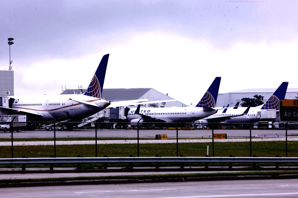 HOUSTON, April 13, 2015 (Xinhua) -- Airplanes of United Airlines are seen at the George Bush Intercontinental Airport in Houston, the United States, April 13, 2015. A Boeing 737 passenger plane of United Airlines with 167 passengers and 6 crew member