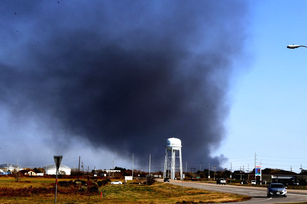 HOUSTON, Nov. 27, 2019 (Xinhua) -- Smoke rises from a chemical plant of TPC Group where an explosion occurred in Port Neches, about 150 km east of downtown Houston, Texas, the United States, on Nov. 27, 2019. Three people were injured in a chemical p