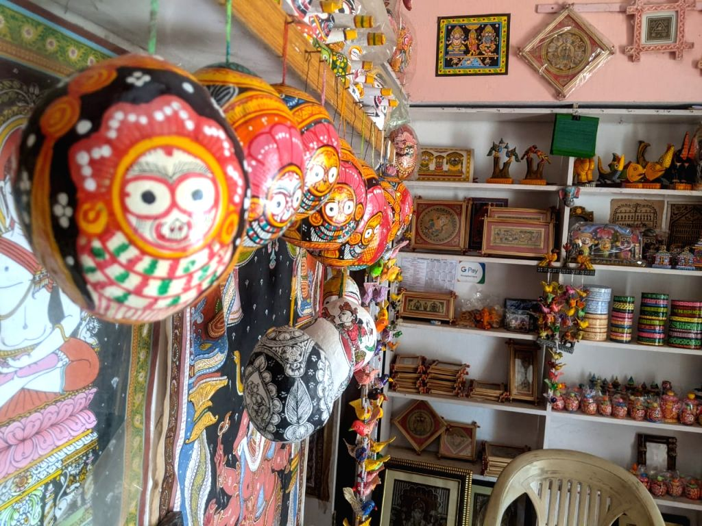 How professional Degree holders are taking the 'Pattachitra' art to new heights.