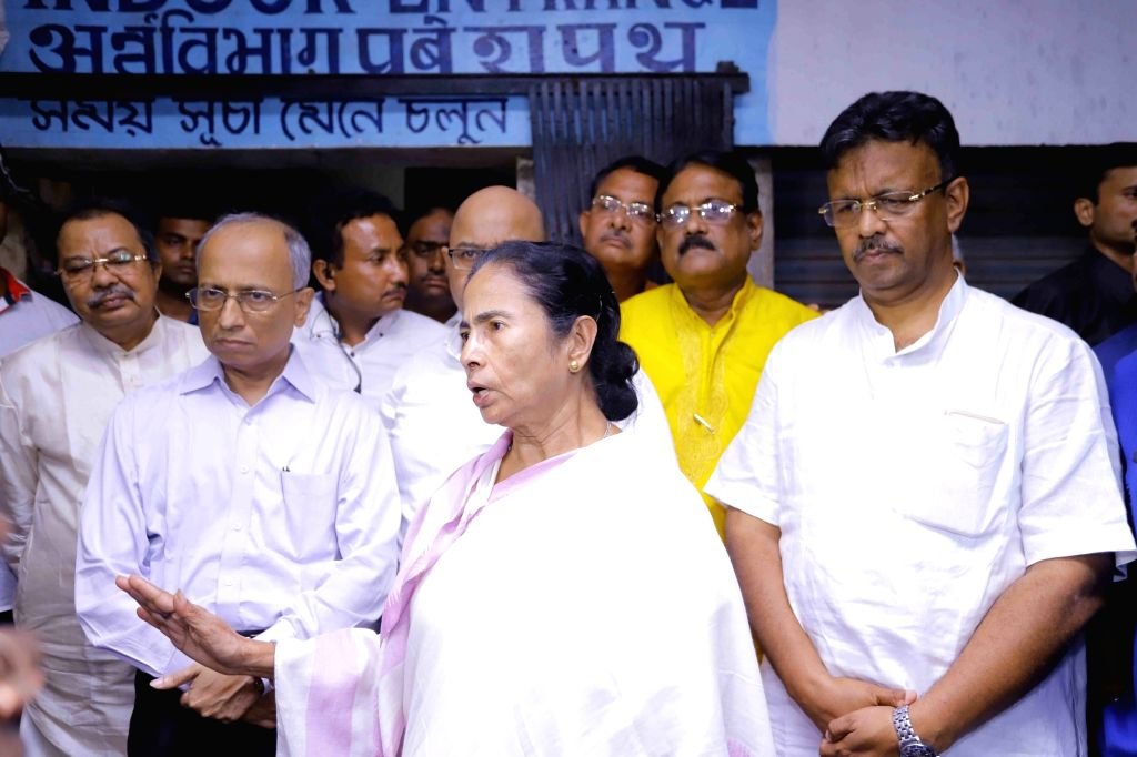 :Howrah: West Bengal Chief Minister Mamata Banerjee visits Santragachhi station where two people were killed and a dozen others including two children badly injured in a stampede at a railway foot ...