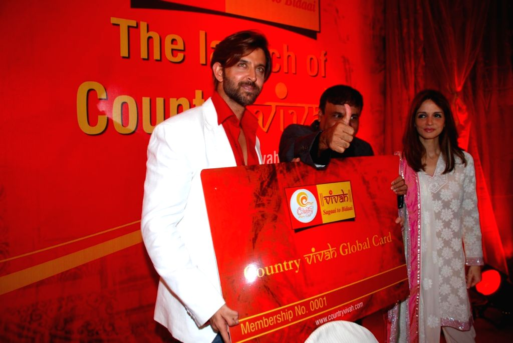 Hrithik Roshan with wife Suzanne at the launch of Country Club Vivaah.